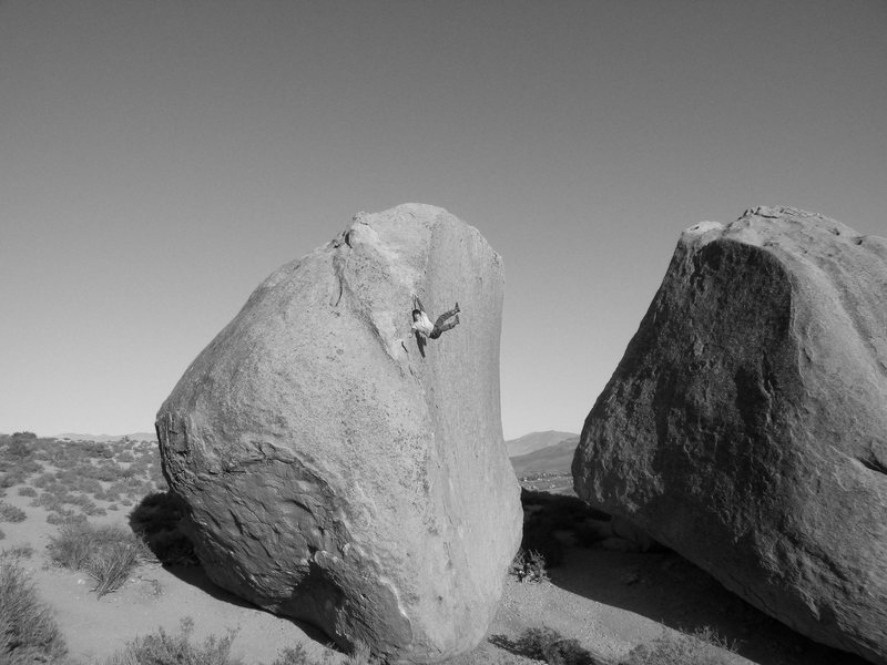 Highball bouldering in the buttermilks