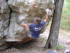 Rock Climbing Photo: Sticking the Heel on The Beach