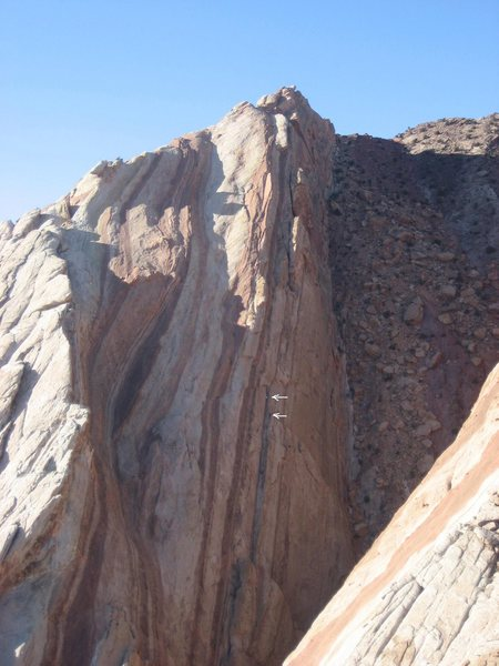 Rock Climbing Photo: Scot starting up the crux pitch, View Full Size......