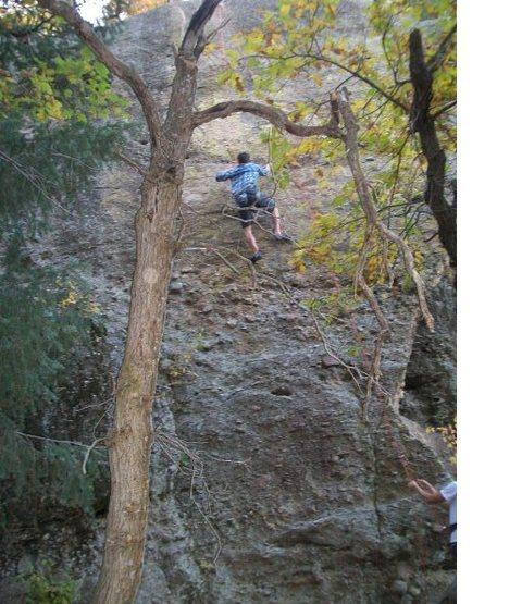 Rock Climbing Photo: rock climbing in castlewood canyon