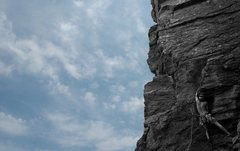 Rock Climbing Photo: The first crux bulge.  Working the crack.