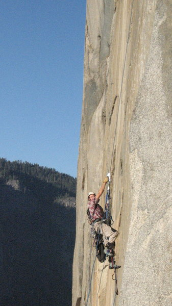 Rob jugging the Borderline Traverse pitch off Big Sur.