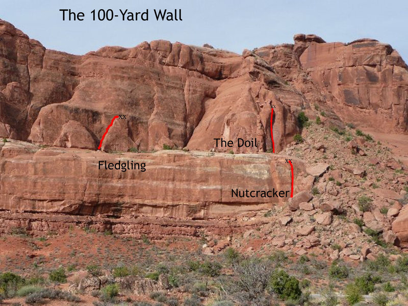 Rock Climbing Photo: This is The 100-Yard Wall from the parking.