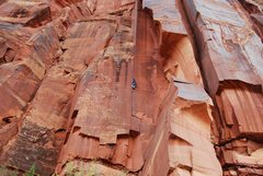 Rock Climbing Photo: Pente (5.11), a grand perspective. Terry climbing....