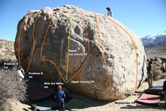 Rock Climbing Photo: Tut Boulder North Face Topo