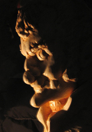 Batso in Rembrandt lighting. A statue by Phil Bircheff.<br> Photo by Blitzo.