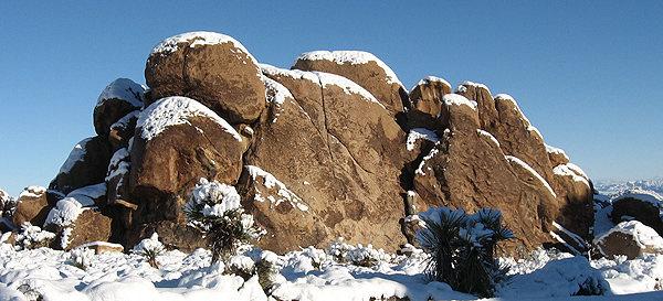 Rock Climbing Photo: Pixie Rock 12-18-2008. Photo by Blitzo.