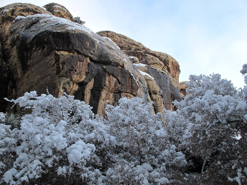 Rock Climbing Photo: Hidden Falls Area. Red Rock. Dec 18, 2008.