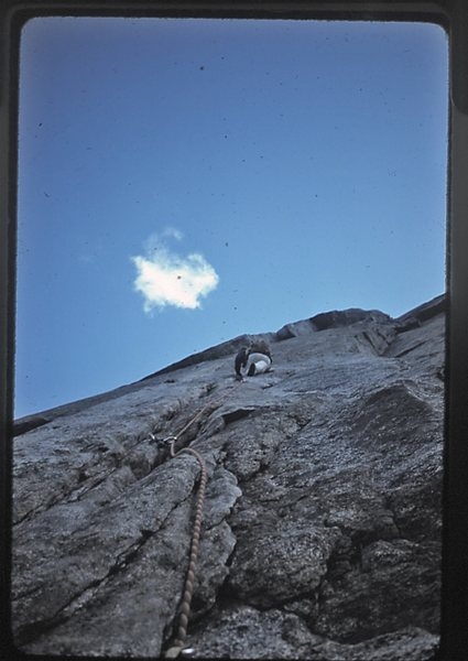Doug Robinson leading the second pitch of Central Pillar of Frenzy.