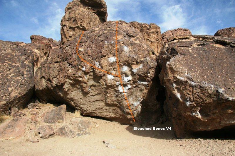 Rock Climbing Photo: Bleached Bones Boulder Topo