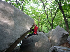Rock Climbing Photo: A V5 at the Insubong boulders. Seoul, South Korea