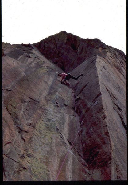 Rock Climbing Photo: Bob Horan stemming the Red Dihedral.