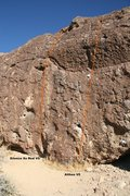 Rock Climbing Photo: Showdow Play Boulder North West Face Topo