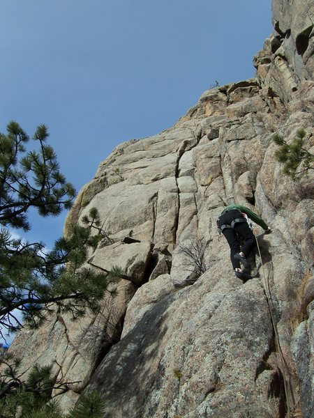 Rock Climbing Photo: Bert leading South Slabs, which starts in the shor...