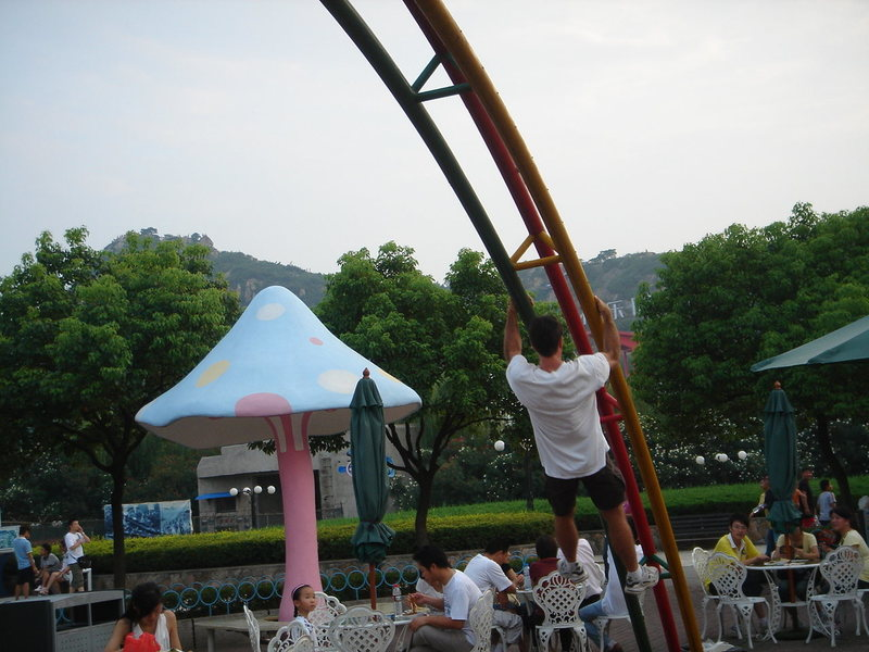 Tony Bubb, for lack of a gym, is handing out bad ideas in Suzhou, China. To my amazement, the little girl watching down and left wanted to try it, and was soon helped by her parents to try...