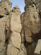 Rock Climbing Photo: Warm Up Crack ascends the double crack system on t...