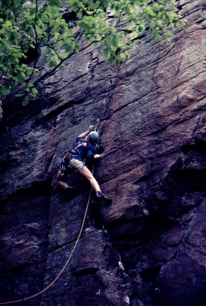 Rock Climbing Photo: Rich Bechler leading  Throughfare, Photo: Bob Hora...