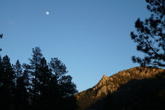 Rock Climbing Photo: Looking toward Top of The World hiking down from S...