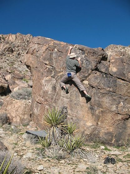 Rock Climbing Photo: Bouldering at the base of Queen Mountain, Joshua T...