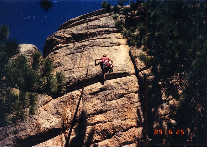 Keller Peak Hungover Wall<br> The Odenthal finish to Orange Tapestry (Top Rope).