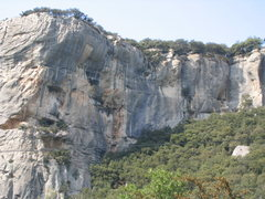 Rock Climbing Photo: The beautiful pocketed sandstone of Buoux.  Home t...