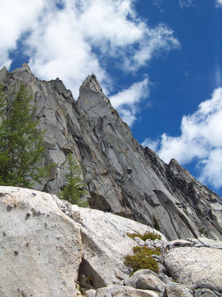 Rock Climbing Photo: West ridge and south face of Prusik.