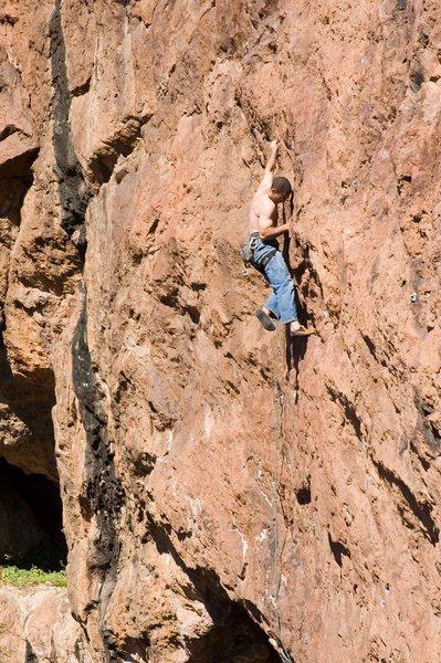 Ruben making long reaches starting up the long wandering headwall.