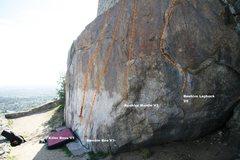 Rock Climbing Photo: Beehive Wall Right Topo