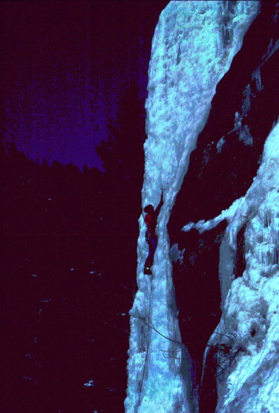 BH on nice blue ice in Boulder Canyon.
