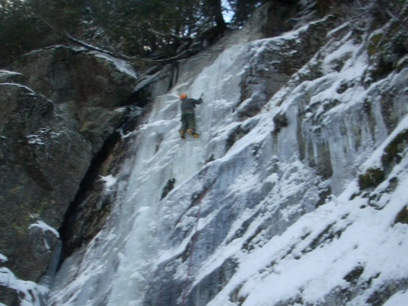 Ice climbing Hot Shot