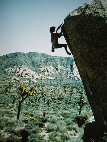 Rick Dierkson bouldering the White Rastafarian, photo: Bob Horan