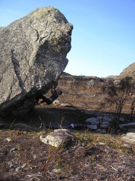 Rock Climbing Photo: The Hit V8. Merkava sit-starts in the cave adding ...