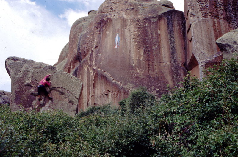Rock Climbing Photo: Bouldering in the Inner Canyon, photo: Bob Horan C...