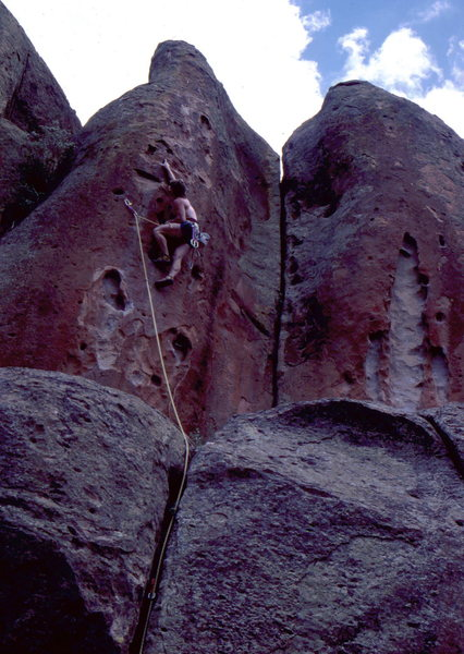 Rock Climbing Photo: Mestdagh crankin' in Penitente Canyon.