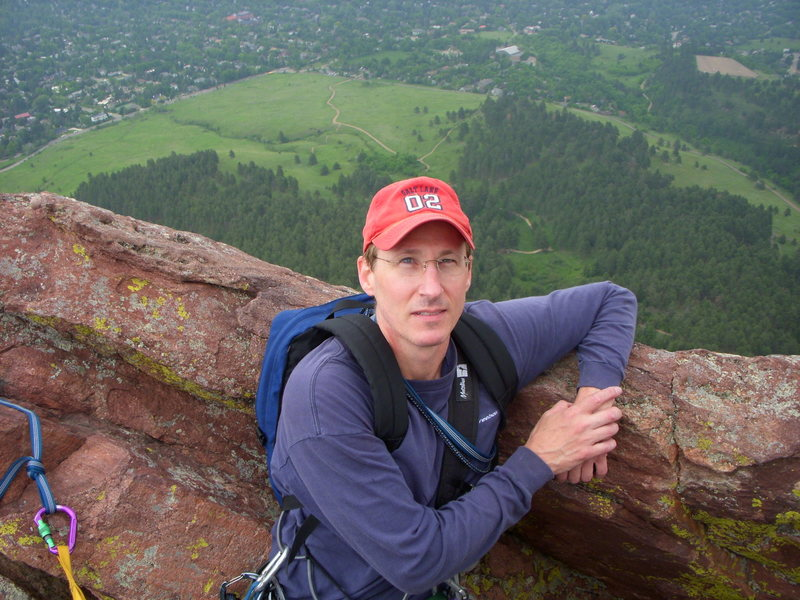 Rock Climbing Photo: Mike taking a break 1st Flatiron, Direct East Rout...