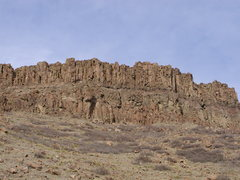 Rock Climbing Photo: Columnar jointing in basalt. North Table Mt, Golde...