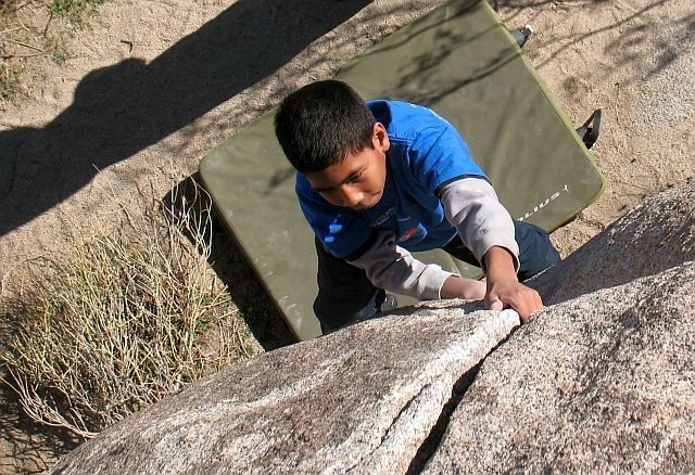 Rock Climbing Photo: Jeffy on the nice crack of Bluecut (V0), Joshua Tr...