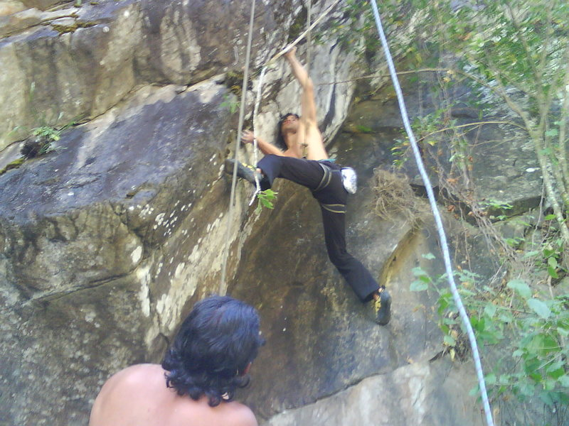 New sector next to the main river of Boquete - Caldera River. Marcos belaying Cesar