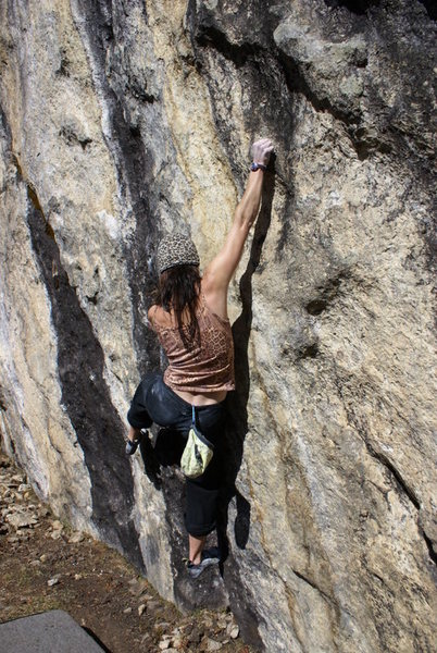 bouldering in the khumbu