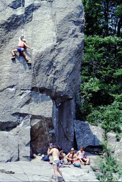 Rock Climbing Photo: Hanging out at the Aid Box, Great Falls.