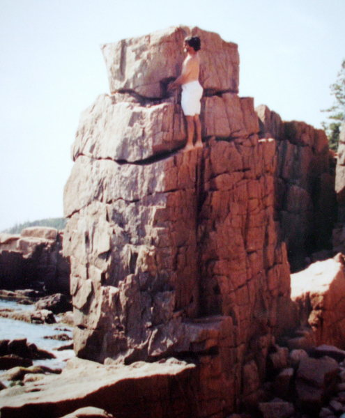 Rock Climbing Photo: Ocean front bouldering at Acadia.