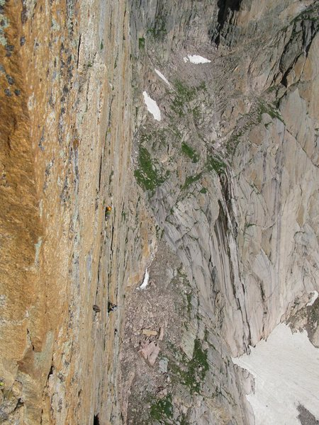 Climbers on Forrest Finish, picture taken from Pervertical.