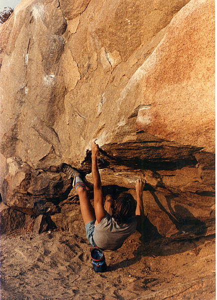 Rock Climbing Photo: Secondt in a series on the Beach Problem easy vara...