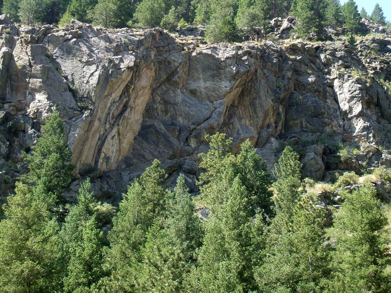 Rock Climbing Photo: New Economy Cliff above Clear Creek.
