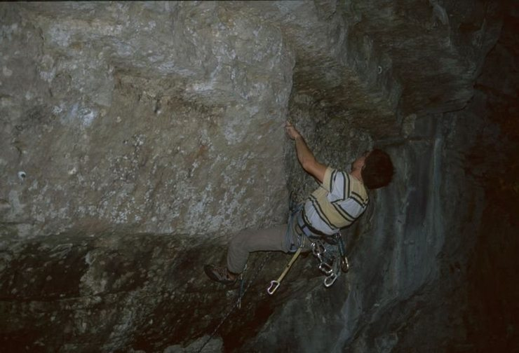 Rock Climbing Photo: A second crux move on Reanimator: throwing from ba...