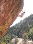Rock Climbing Photo: Crimping on the top of Tunnel Vision.