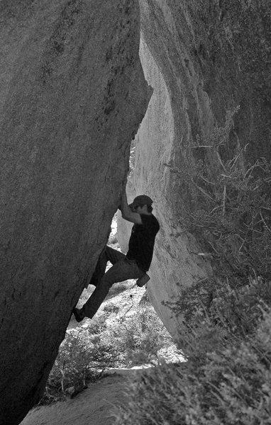 Unnamed v1, Lower Smoking Boulder