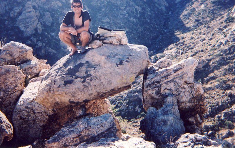 Rock Climbing Photo: The precarious summit block!