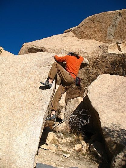 Starting the crux sequence on Fat Lip (V0), Joshua Tree NP
