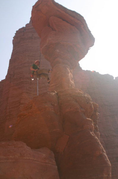 Rock Climbing Photo: Rapping the Cobra, hope it doesn't fall over!!